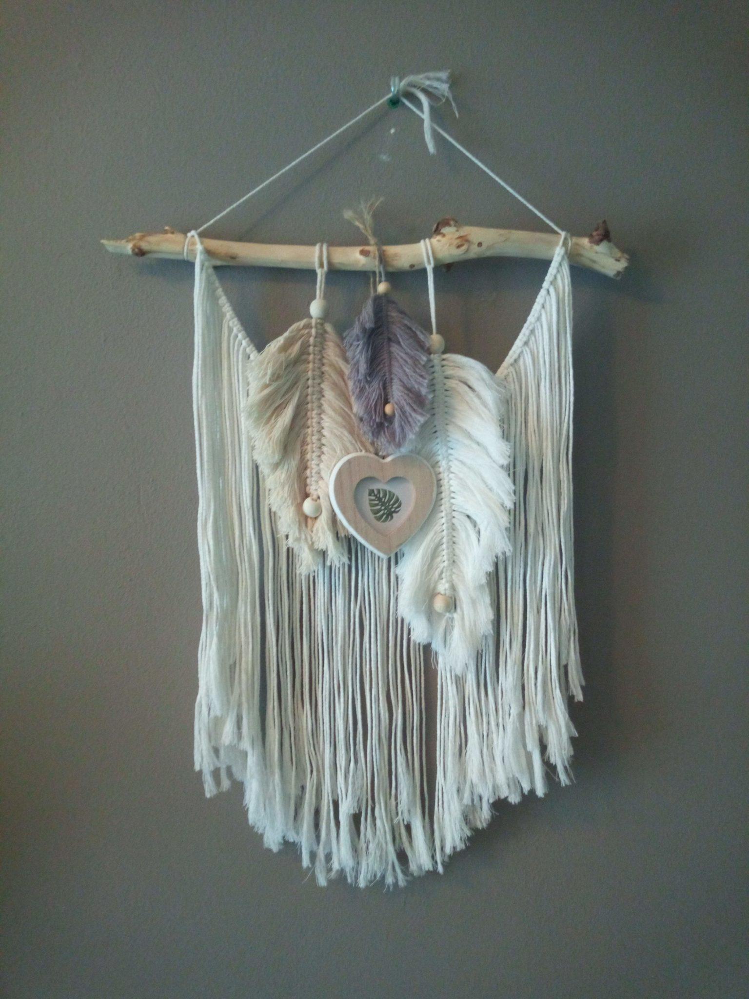 Memories - Macrame wandkleed veertjes met hanger voor foto